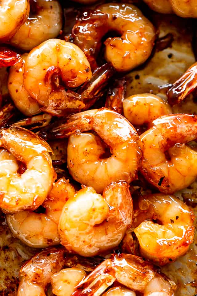 Close up of cooked honey garlic shrimp