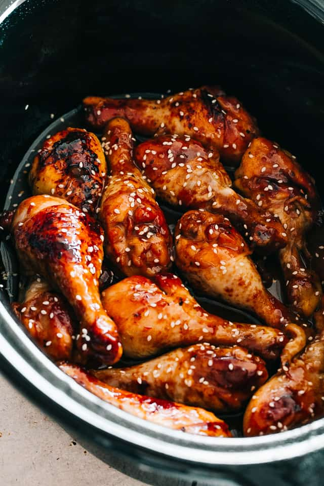 chicken drumsticks in a slow cooker
