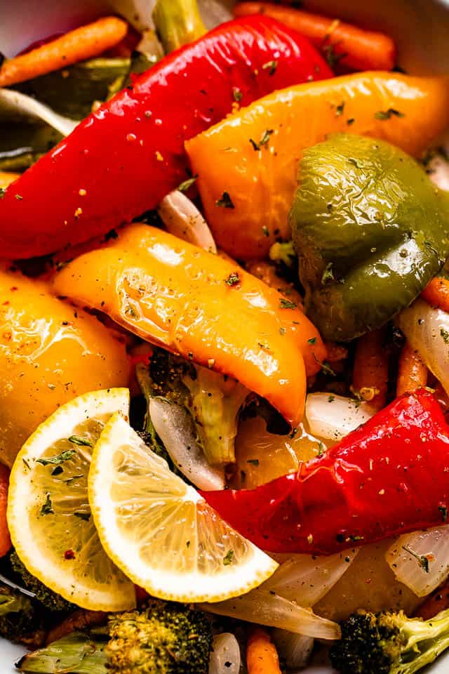 close up shot of grilled bell peppers and vegetables